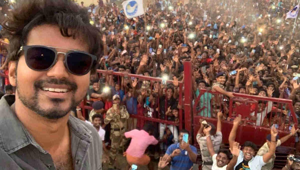 நடிகர் விஜயின் மாஸ்டர் பட சம்பளம் 80 கோடி ரூபாய், வரி செலுத்தியுள்ளார்