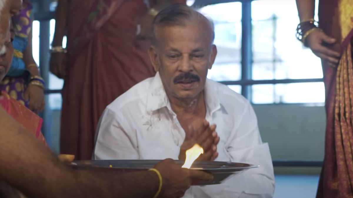 பிக் பாஸ் அனிதா சம்பத்தின் தந்தை மாரடைப்பால் மரணம்