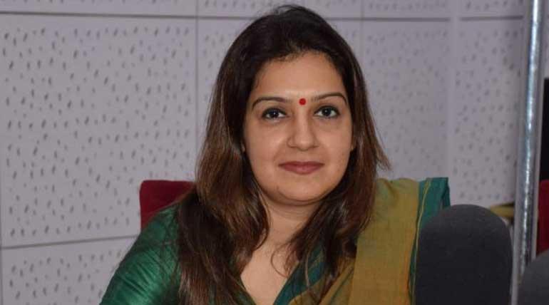 காங்கிரஸ் செய்தித்தொடர்பாளர் பிரியங்கா சதுர்வேதி. Image @priyankac19