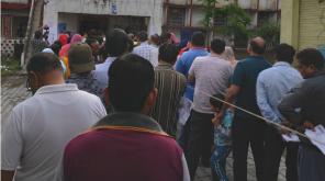 தமிழகத்தில் 10 வாக்குசாவடிகளில் மீண்டும் மறுவாக்கெடுப்பு